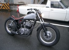 SR400BOBBER3
